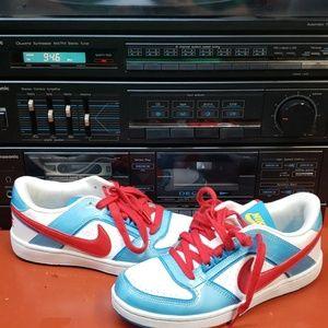 2009 Nike
